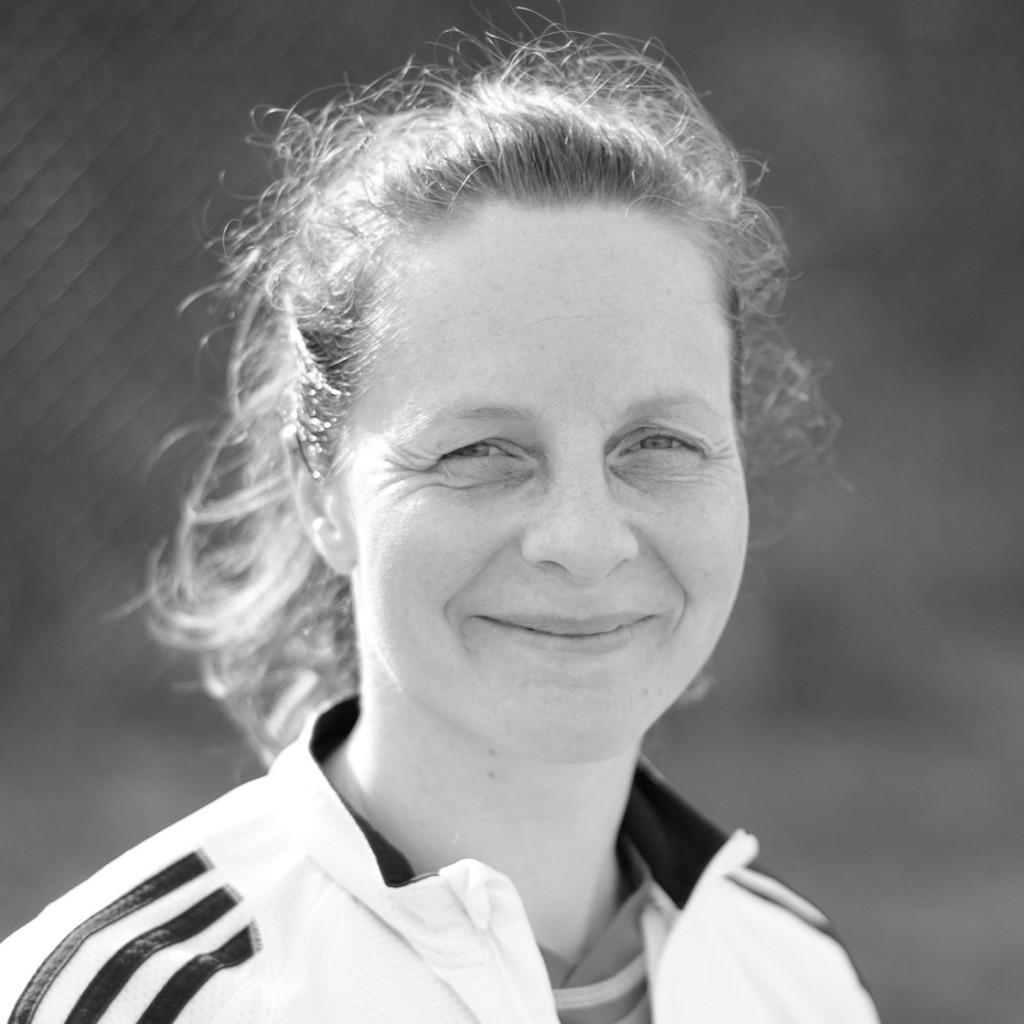 Lucie Archer - Hockey Fever